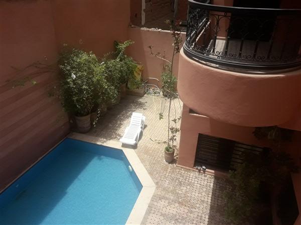 ap5004 appartement gueliz hypercentre 2 chambres piscine 2 belles terrasses et pas cher. Black Bedroom Furniture Sets. Home Design Ideas