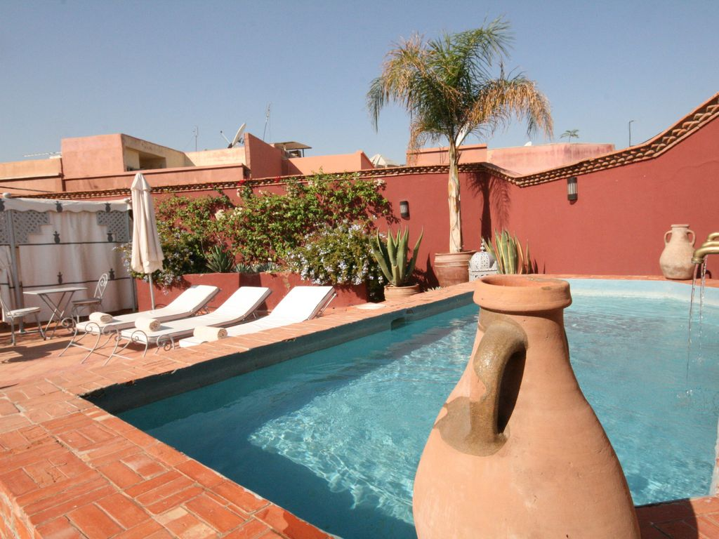 ry804b / authentique riad / 400 m2 au sol / 6 chambres / grand patio